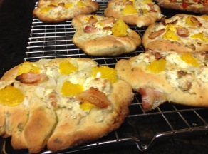 bacon citrus pizza cropped